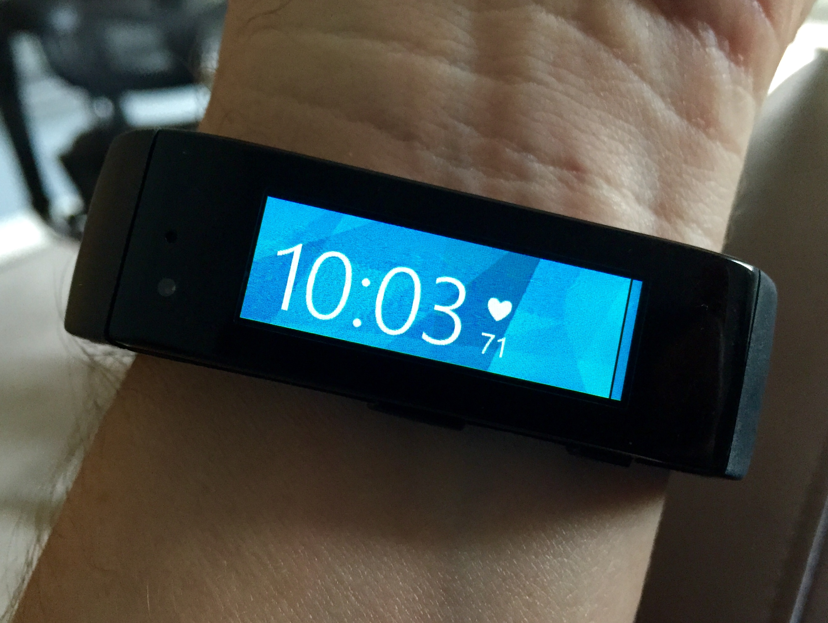 microsoft band is sold out  will return in 2015
